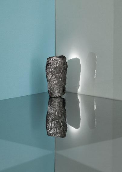 Samuel Henne: »untitled (b/g/4)«, aus »monument«, 201156 x 42 cm, Fine Art Print