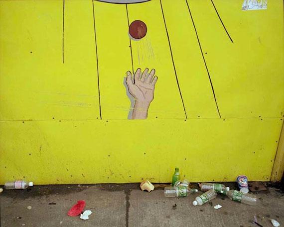 "Lisa Kereszi: ""Coney Island, N.Y. 2001"""