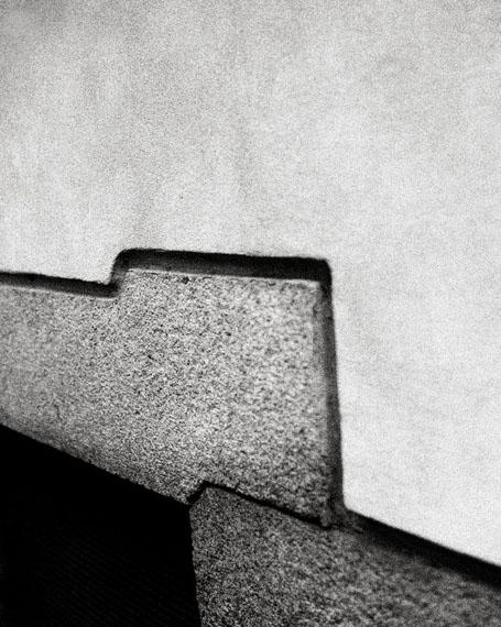 Ralph Gibson: Milano, Wall, 2013