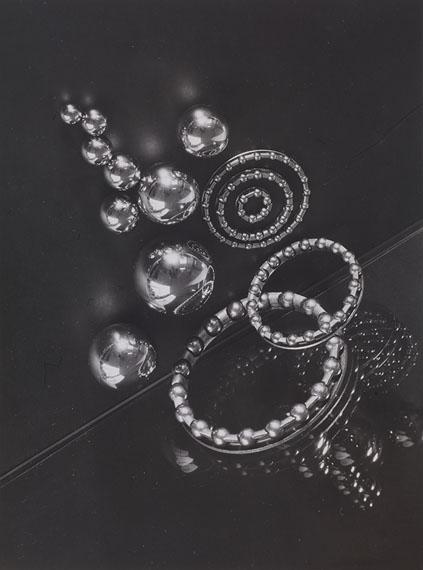 Adolf LaziBall-Bearings, ca. 1936Vintage gelatin silver print22,9 x 16,8 cm©Estate of Adolf Lazi, courtesy of Feroz Galerie