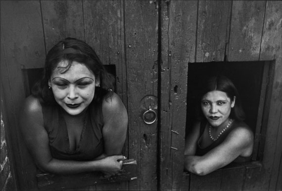 Henri Cartier-Bresson: Mexico City. Calle Cuauhtemoctzin. 1934 © Henri Cartier-Bresson / Magnum Photos