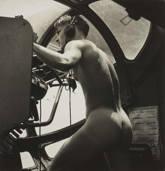 Horace BristolRescue at Rabaul: PBY Blister Gunner, 1944 Platinum print 10 x 10.5 in. Est. US$6,000–7,500
