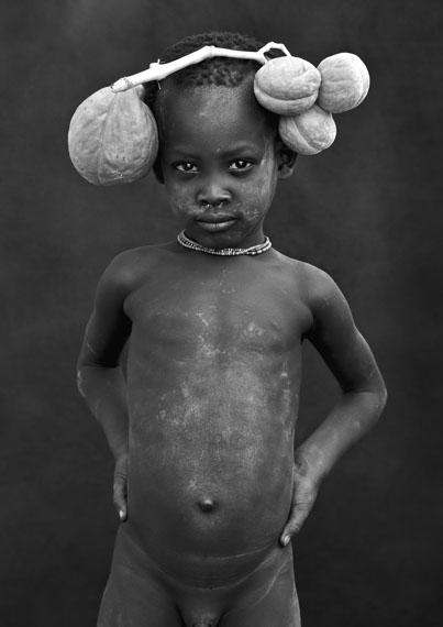 Mario MarinoLukibi, Karo Boy, Ethiopia, March 2011Edition 7, Archival Pigment Print / Hahnemühle Paper85 x 60 cm