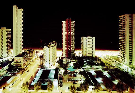 Tobias Madörin: Playa de Levante (Night), Bernidorm, Spain, 2002, 140 x 109 cm (55 x 43 in.), C-Print Edition 3 & 1 AP