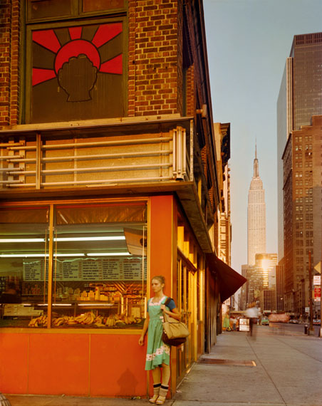 Empire State Series: Young Dancer, New York City, 1978© Joel Meyerowitz, courtesy Howard Greenberg Gallery / Galerie Springer Berlin