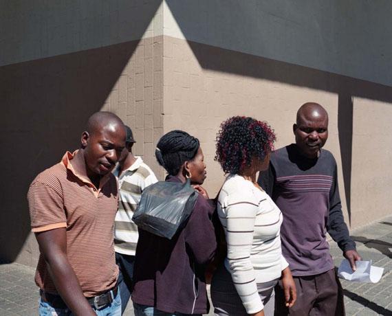© Laurence Bonvin, Passing I, CBD, Johannesburg, 2011