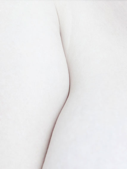Thomas Rusch: white #12, 2014, Archival Pigment Print on Hahnemühle Fine Art Baryta, 59x42cm edition of 9+2 © Thomas Rusch