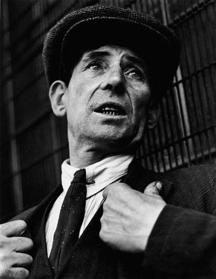 Wolf Suschitzky: Londoner, 1935