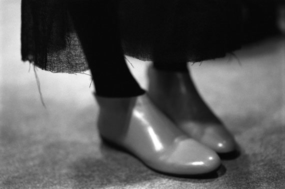 "© Donata Wenders, ""Red Shoes"" / Courtesy Johanna Breede PHOTOKUNST"
