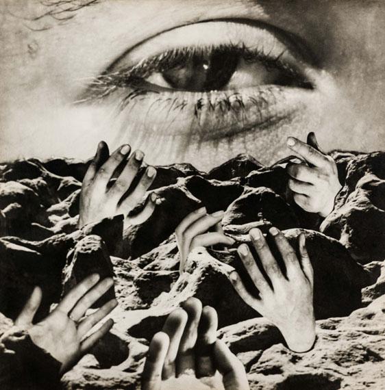 Grete SternThe Eternal Eye, around 1950Photomontage on gelatin silver paper, 39.5 x 39.5 cmphoto: Christian P. Schmieder, Munich© Estate of Grete Stern courtesy Galería Jorge Mara − La Ruche, Buenos Aires, 2014