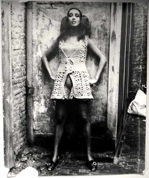 Gerard Fieret. Knitted dress, The Hague 1970. Vintage silverprint 50 x 60 cm © Gerard Fieret, Courtesy Kahmann Gallery