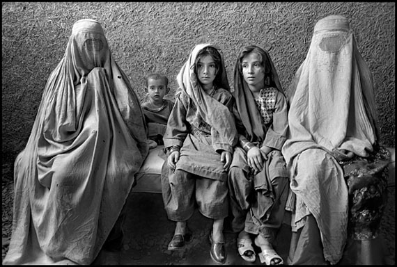 Marissa Roth: Afghan Women and Children Refugees, Thal, Pakistan 1988