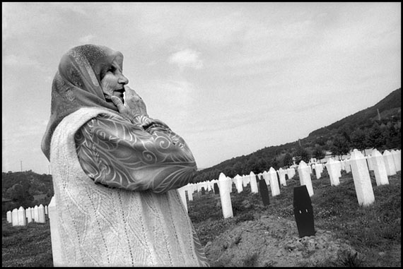 Marissa Roth: Arifa Osmanovic, Lost 3 Sons in the Srebrenica Massacre, Potocari, Bosnia and Herzegovina 2009