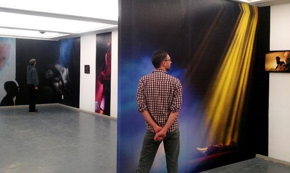 Boris Eldagsen: Ausstellungsansicht Kommunale Galerie Berlin