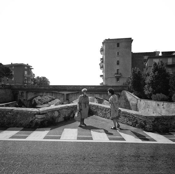 """High Noon"" in Finale Ligure, 1998, 31 x 31 cm © Ulrich Weichert"