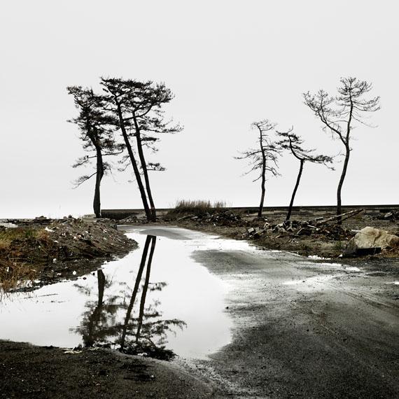Denis Rouvre: Minamisoma, 75 x 75 cm, Fotografie © Denis Rouvre