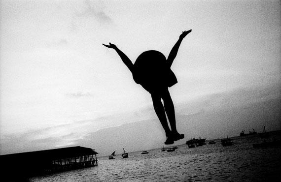 © Beat Presser: 'Abendstunde in Stone Town', Zanzibar 2009 / Courtesy Johanna Breede PHOTOKUNST