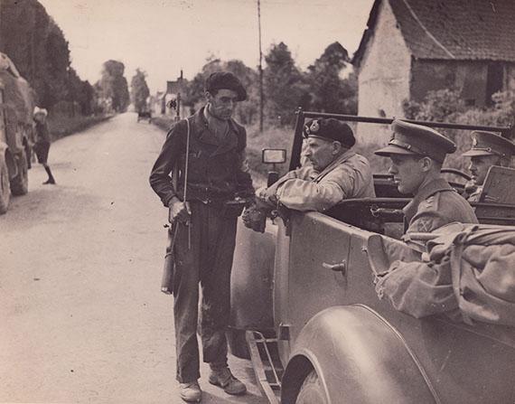 Robert CapaGeneral Montgomery in Normandy, France, 1945Estimate € 2.000 - € 3.000, start bid € 1.250