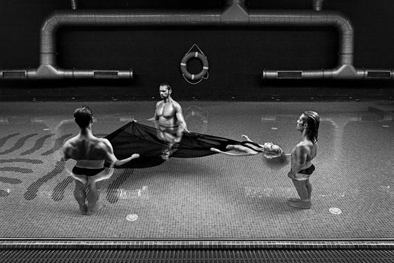 Szymon Brodziak: The Pool, Poland, 2009© Szymon Brodziak