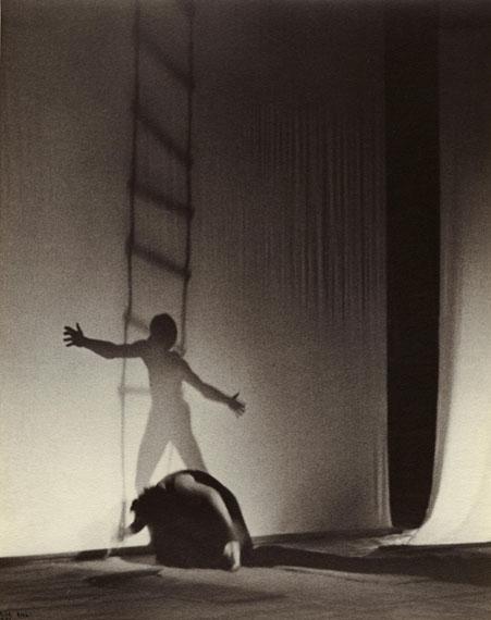 Ilse BingBallet Errant, 1933Courtesy of Edwynn Houk Gallery