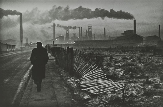 Early Morning, West Hartlepool, County Durham, 1963 © Don McCullin