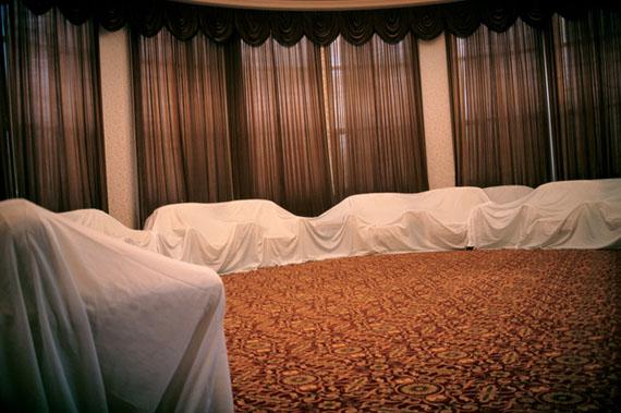 VIP Room, 2005 © Feng Yan
