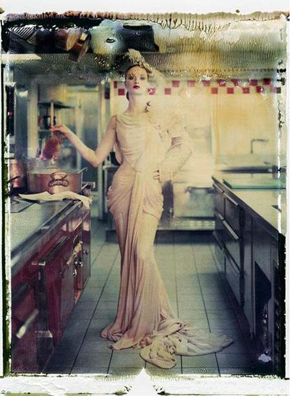 Cathleen Naundorf, My little darling, Dior – Haute Couture Winter 2006 – n°30, 2009 © Cathleen Naundorf, Courtesy Edwynn Houk Gallery
