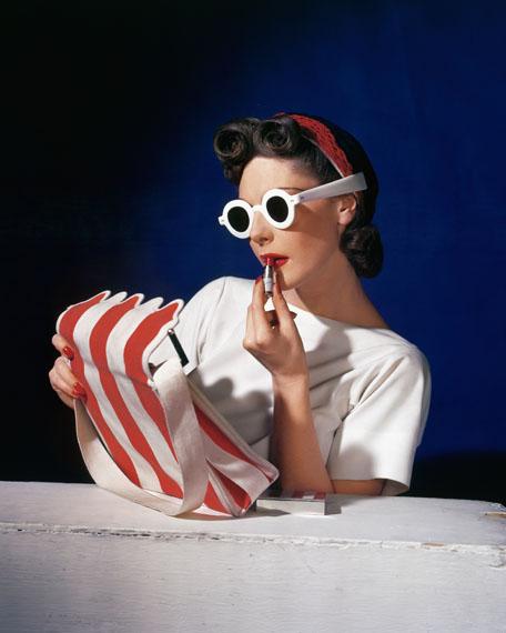 Horst P. Horst: Muriel Maxwell, American Vogue cover, 1 July 1939 © Condé Nast / Horst Estate
