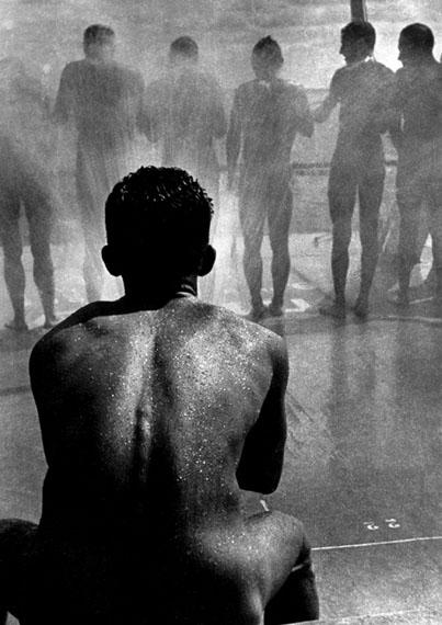 Boris Ignatovich. Shower, 1935