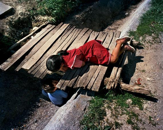 """Joakim Eskildsen: """"The Roma Journeys 02"""", 2003"""