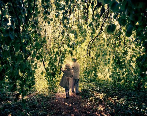 """Joakim Eskildsen: """"Willow Tree"""" aus der Serie """"Home Works"""", 2012"""