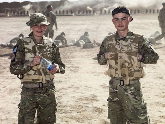 Mark Neville: Firing Range, 2011, aus der Serie The Helmand Work, 2010–2011 © Mark Neville