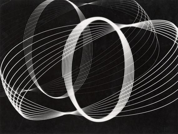 Peter KeetmanSchwingungen, 1950-52Vintage, Gelatin Silver Print29,4 x 39,3 cm© F.C. Gundlach