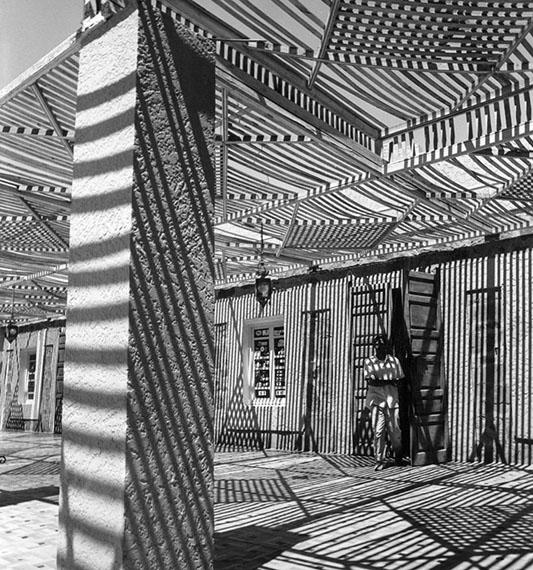©, Jean-Pierre Evrard, Courtesy Galerie Esther Woerdehoff