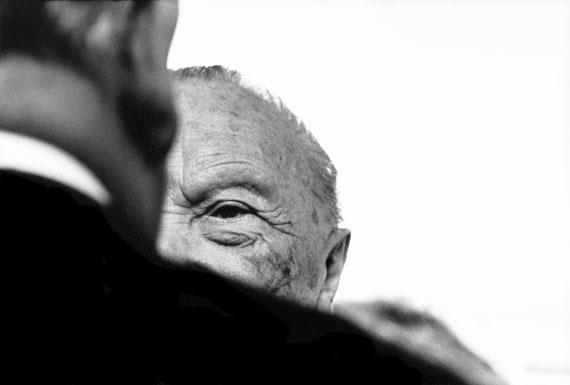 "© Robert Lebeck: ""Konrad Adenauer"", Bonn 1966 / Courtesy Johanna Breede PHOTOKUNST"