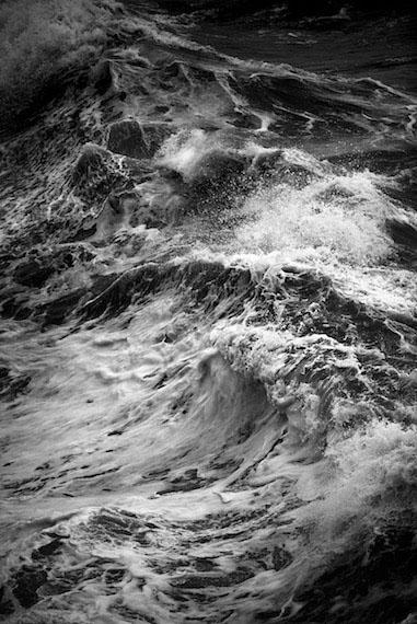 Praia do Norte 10Silver Gelatin handmade enlargementsca. 135 x 200 cm, limited edition of 2 + 1 APca. 84 x 120 cm, limited edition of 3 + 1 AP© Christian von Alvensleben 2016