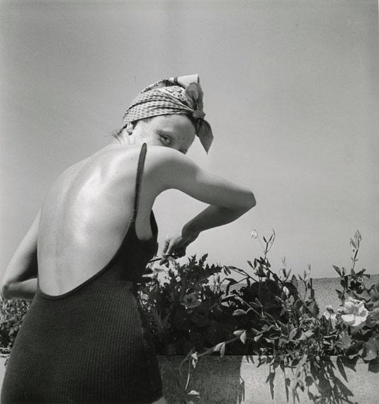 Coco on the terrace, Neuilly, June 1938 © Ministère de la Culture - France / A.A.J.H.L. Courtesy Michael Hoppen Gallery