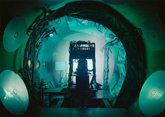 Thomas StruthVacuum Chamber, JPL, Pasadena 2013Inkjet print119,8 x 167,4 cm© Thomas Struth