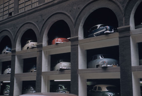 Car Park, St. Louis, USA, 1953 | 46 x 31 cm | Archival Pigment Print | Edition 8 | © Werner Bischof/Magnum Photos