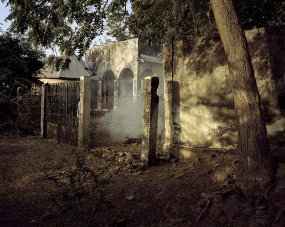 Residentur, Kamerun 2012Archival pigment print, 104x128 cm© Andréas Lang