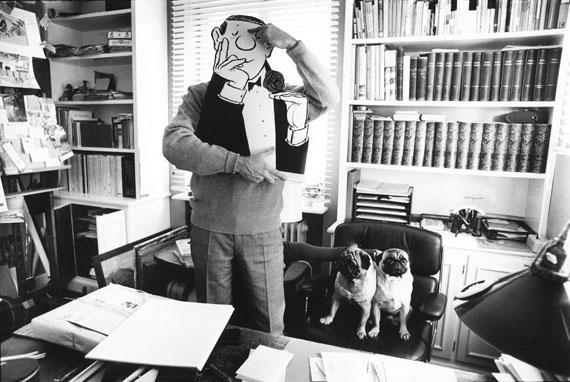 """© stefan moses, """"Loriot"""", aus der Serie KÜNSTLER MACHEN MASKEN, Ammerland 1966Courtesy Johanna Breede PHOTOKUNST"""
