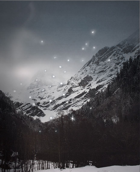 Douglas Mandry: Promised Land, Montagne II (Ponctions), 2013   Archival Pigment Print   90 x 110 cm   Edition 7 & 2AP