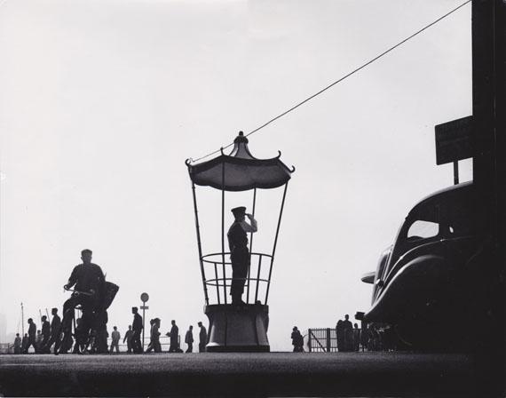 FAN HO: Hong Kong Street Scene #18 (1955/1978) Vintage Silver Gelatin Print. 27.8x35.4 - UniqueCourtesy M97 GALLERY