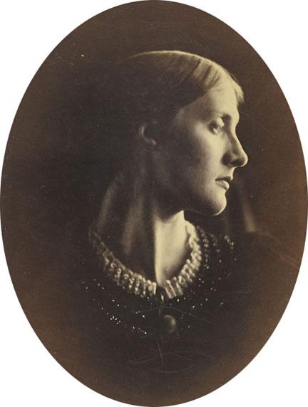 COLLECTION ANDRE DERAINJULIA MARGARET CAMERON (1815–1879)Julia Jackson (Mrs. Herbert Duckworth), 1867Albumen print13¼ x 10⅜ in.€20,000–30,000