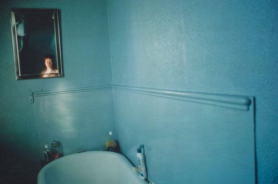 NAN GOLDIN (B. 1953)Self-portrait in blue bathroom, 1980Cibachrome print27.3/8 x 38.5/8 in.€5,000–7,000
