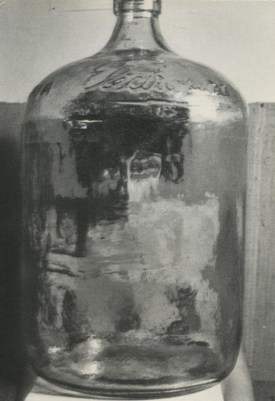 Kati HornaEl botéllon, serie Paraisos artificiales, Ciudad de México, 1962Signed in pencil on versoVintage silver gelatin print19.5 x 24.7 cm© Kati HornaCourtesy Michael Hoppen Gallery