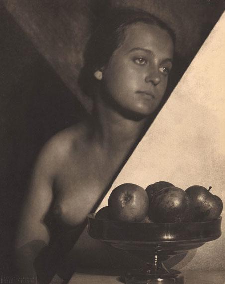 Frantisek DrtikolUntitled, c. 1925Vintage. Pigment print28,7 x 22,5 cmEstimate: EUR 40.000 – 50.000