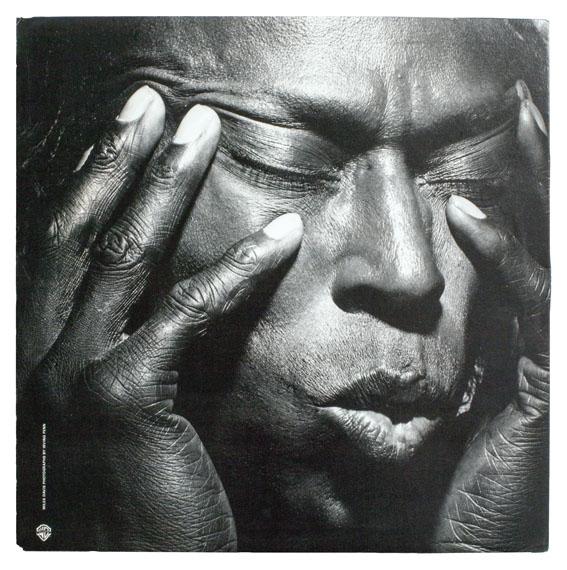 Irving Penn: Miles Davis, Tutu, 1986 © Warner Bros. Records