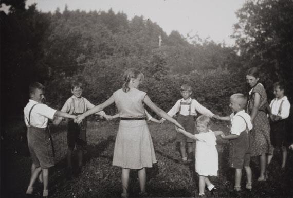 Anne Heinlein / Göran Gnaudschun, Ringelreihe Billmuthausen