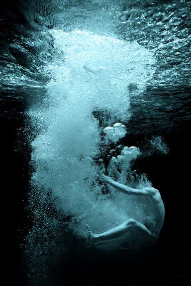 """Frédéric Batier: """"Wasserspringer"""", 2013-15, Inkjetprint auf Aludibond © Frédéric Batier"""